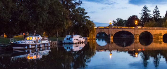 Explore ancient England on the River Thames